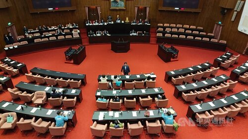Anti-infiltration bill forwarded to second reading at Legislature