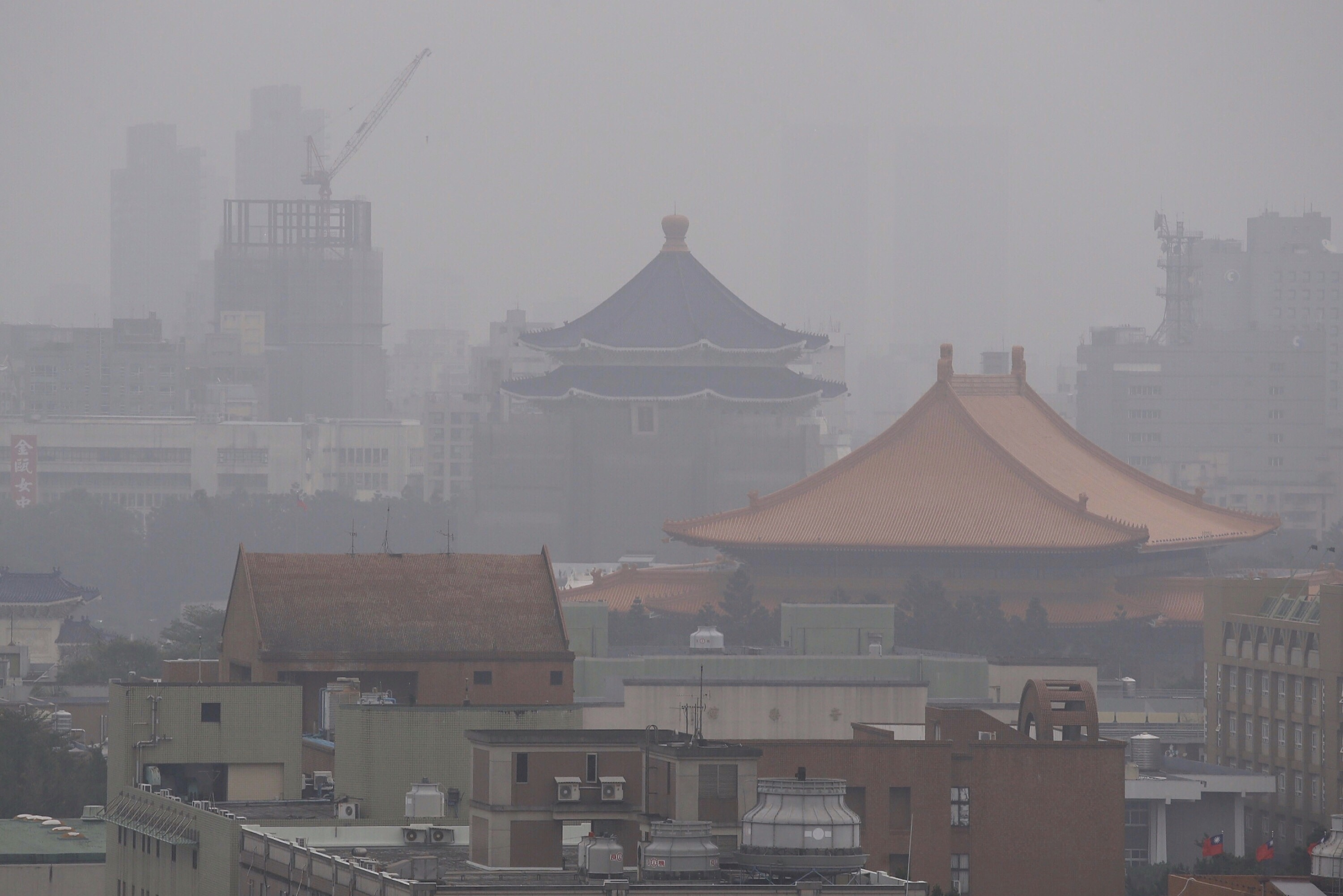 2017 ends with Taiwan shrouded in air pollution