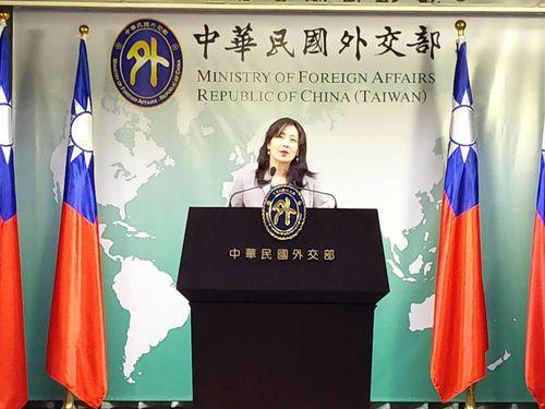 No plans to adjust visa-free treatment for Filipinos: MOFA