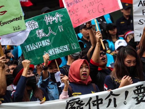 Migrant workers in Taiwan demand abolishment of broker system