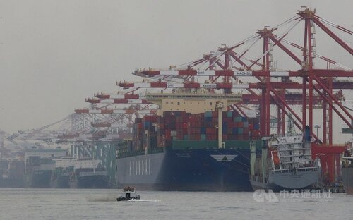 Taiwan exports down 1.5% year-on-year in October