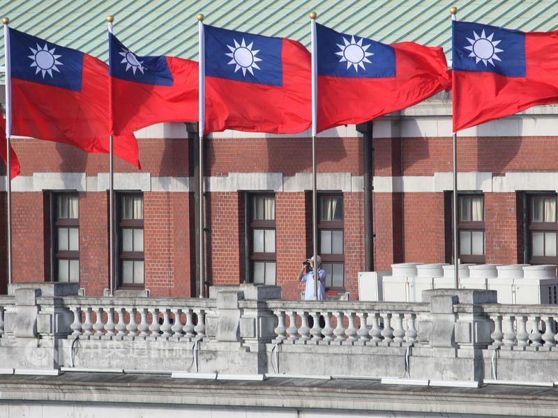 總統蔡英文上任兩年來,中國加大打壓力道,扼殺台灣國際空間。(中央社檔案照片)