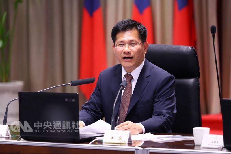 東亞青運遭停辦,台中市長林佳龍30日在市政會議中表示,台中市被剝奪主辦權,「我們雖然沒有上場比賽的機會,但輸的卻是中國」。中央社記者郝雪卿攝 107年7月30日