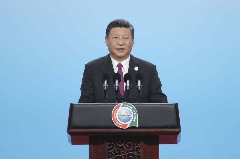 中國國家主席習近平3日在中非論壇開出大手筆,宣布向非洲提供600億美元無償援助、貸款、專案及投資。(中新社提供)