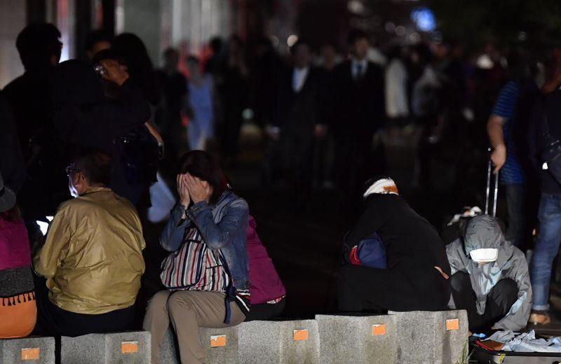 日本北海道發生規模6.7地震,境內有295萬戶停電。(共同社提供)