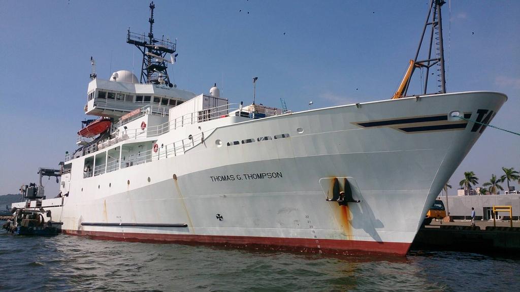 美國海軍研究辦公室研究船「湯瑪斯號」15日上午進高雄港。(高雄港務公司提供)中央社記者程啟峰高雄傳真 107年10月16日