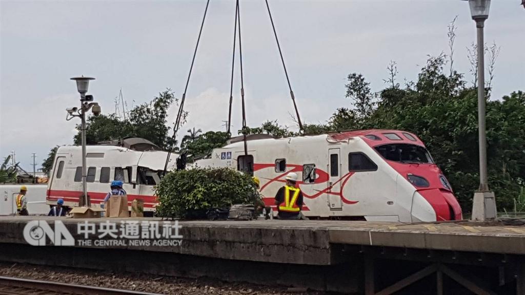 製造普悠瑪號的日本車輛製造公司1日表示,普悠瑪號列車設計有疏失,所以沒有自動傳輸訊息。(中央社檔案照片)