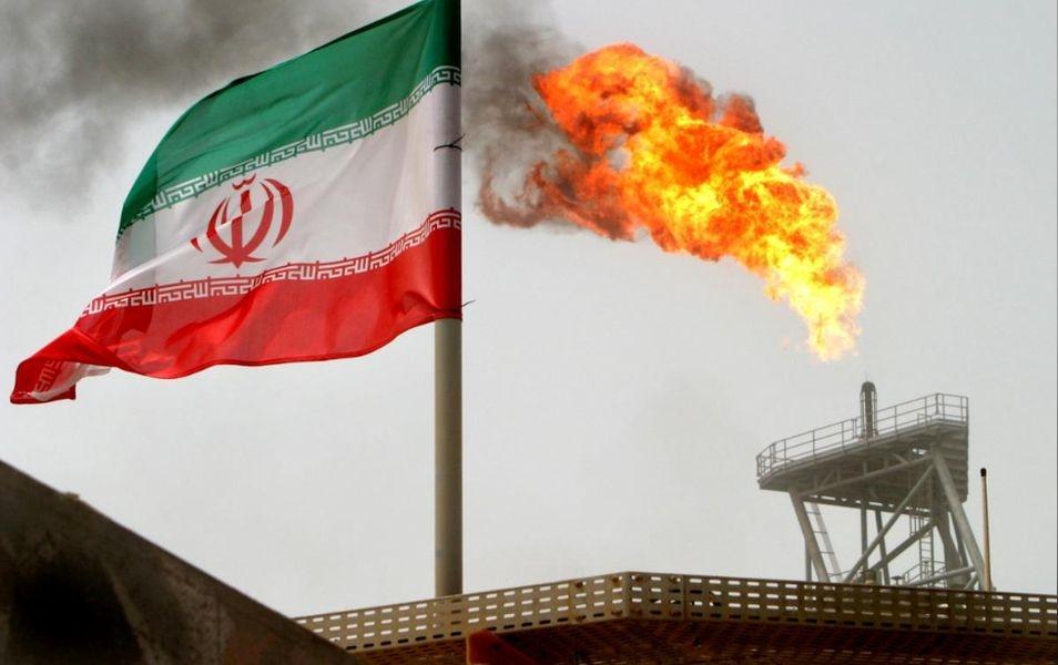 美國政府2日指出,他們將於5日重新制裁伊朗,但會暫時允許8個進口方繼續向伊朗購買石油,其中有可能包含台灣。(檔案照片/路透社提供)