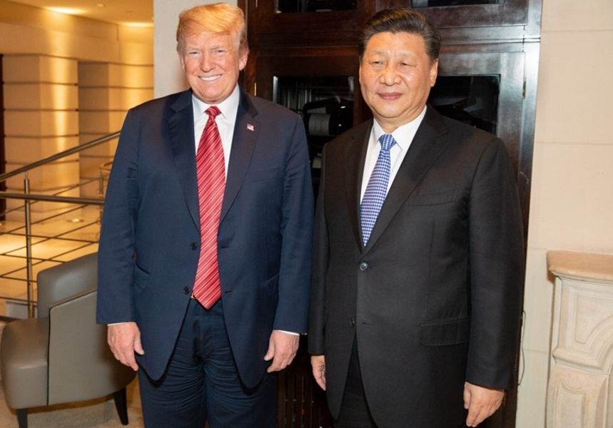 美國總統川普(左)總統和中國國家主席習近平(右)於布宜諾斯艾利斯舉行晚餐工作會談。(圖取自twitter.com/Scavino45/media)