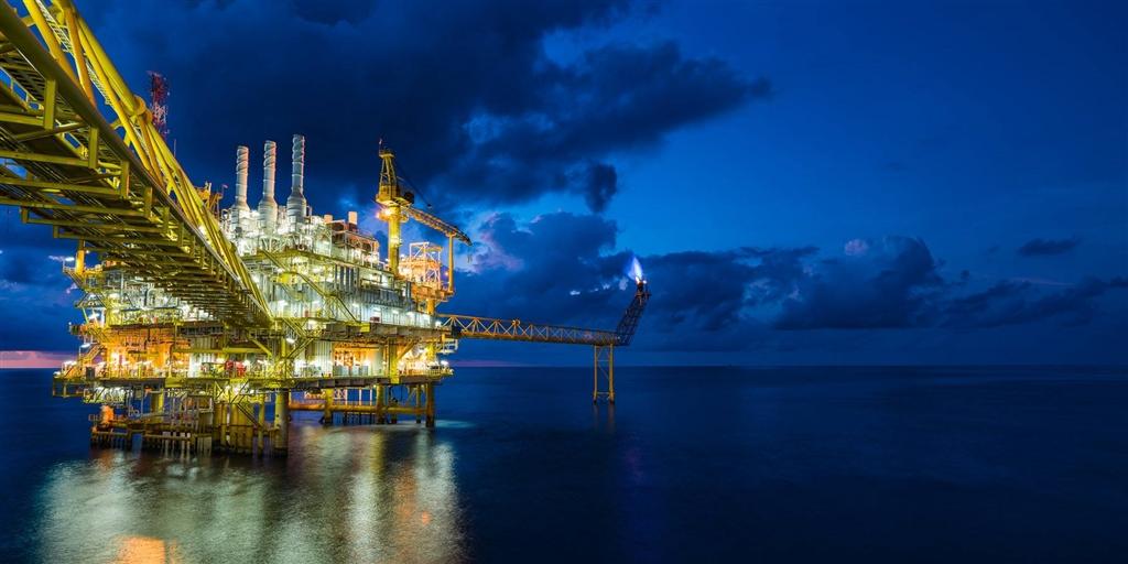 美國多年來朝石油淨出口國方向努力,終於在上週達成目標,因為當時石油進口量銳減,石油出口量也衝上歷來最高水準。(圖取自facebook.com/eiagov)