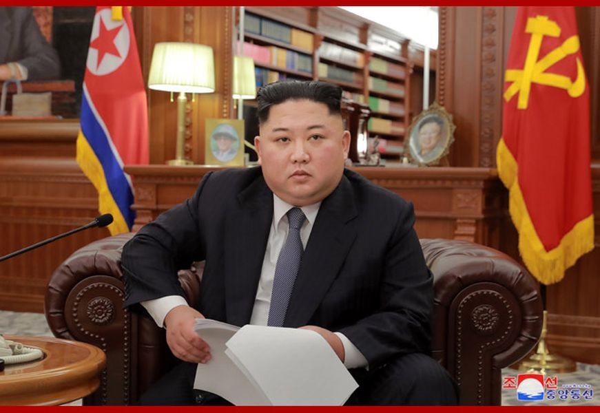 北韓領導人金正恩1日在新年談話表示,有「堅定決心」推行非核化,但警告美國如果持續制裁北韓,他可能得另覓他途。(圖取自北韓中央通信社網頁www.kcna.kp)
