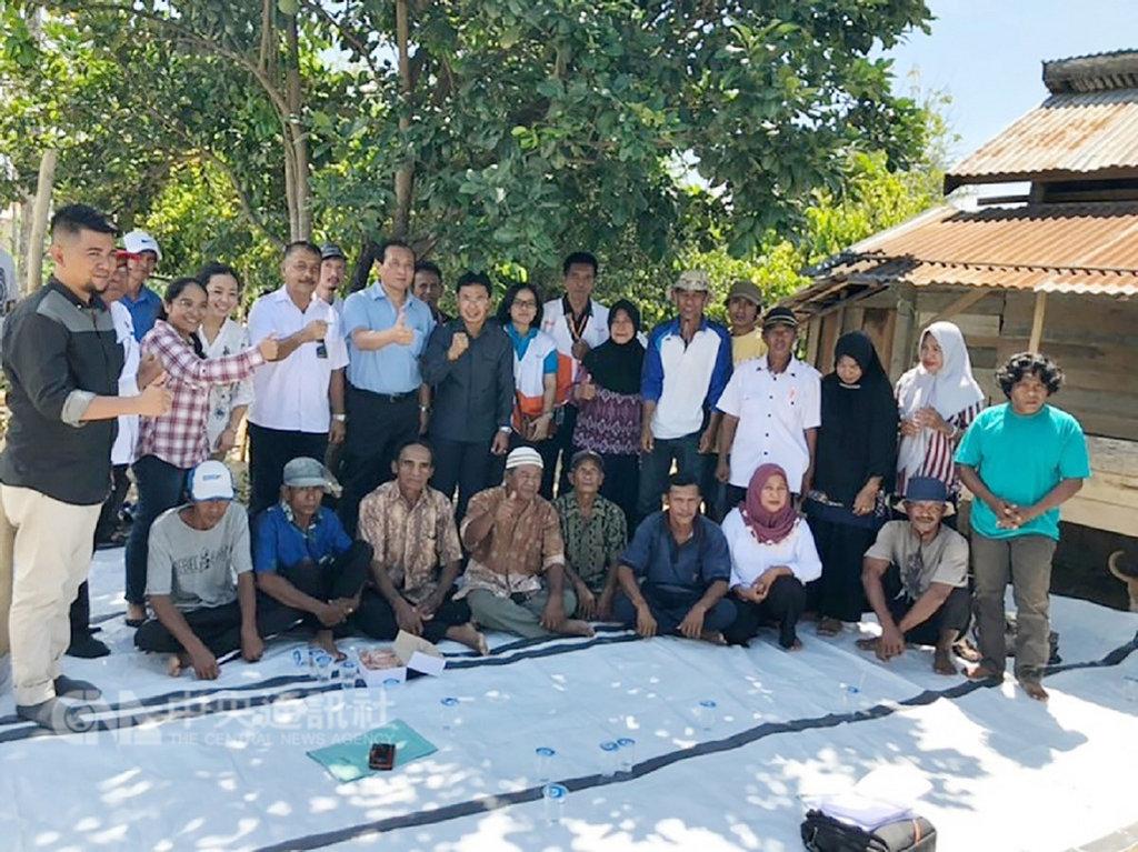印尼中蘇拉威西省去年9月發生強震,國合會人員前往印尼,勘查當地受災情況。(國合會提供)中央社記者侯姿瑩傳真  108年1月19日