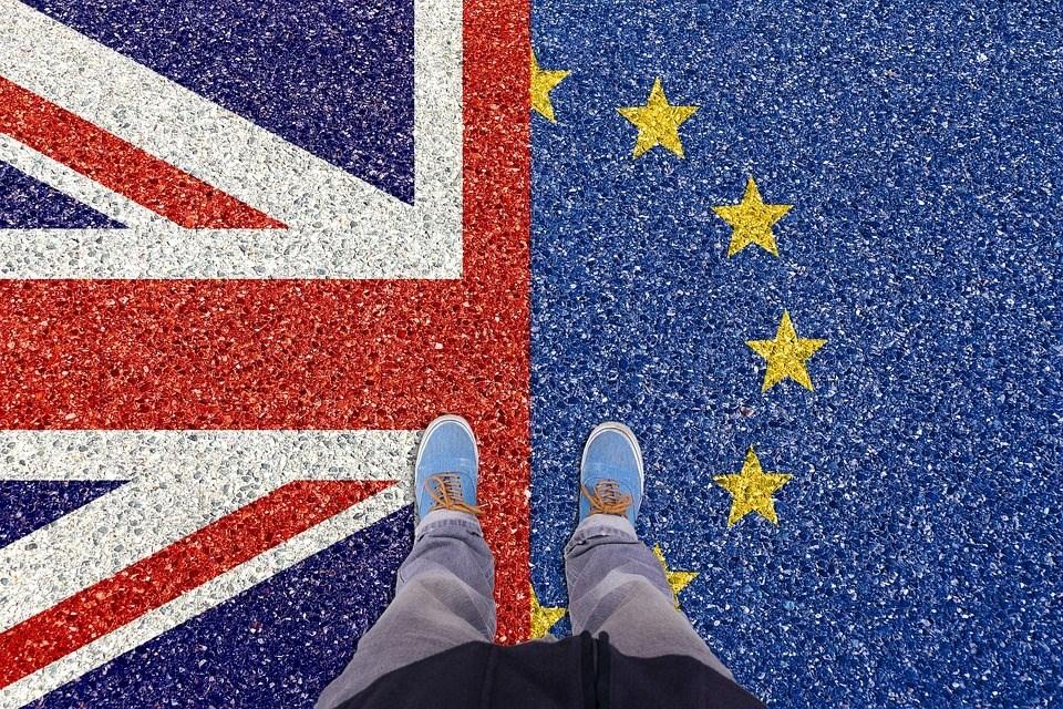 英國梅伊政府和歐洲聯盟達成的脫歐協議本月遭國會以壓倒性票數否決,協議卡關的癥結在於愛爾蘭邊境保障條款。圖為示意圖。(圖取自Pixabay圖庫)