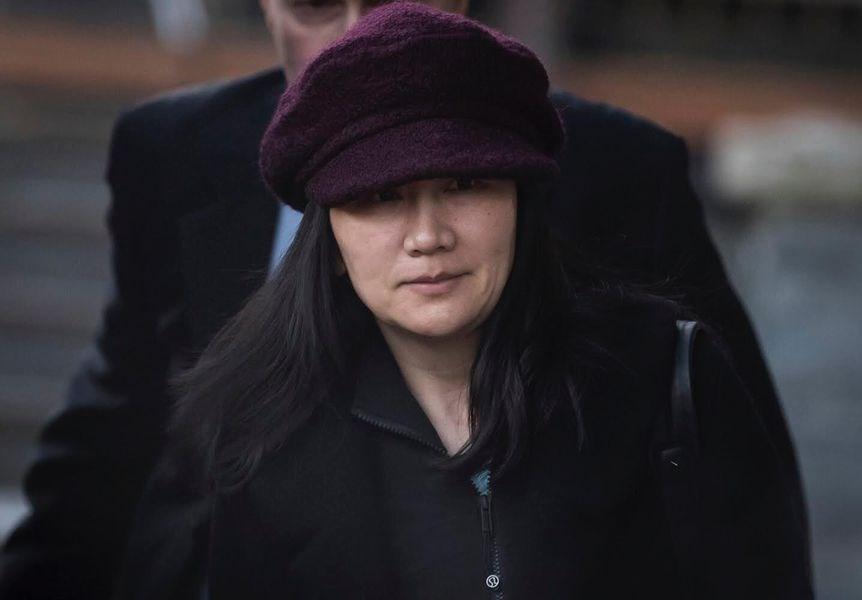 華為財務長孟晚舟29日在溫哥華出庭,要求更改一位擔保人姓名。(美聯社提供)