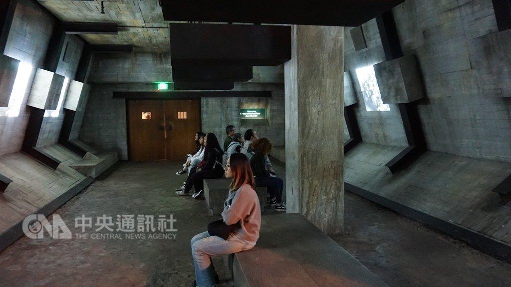 洛杉磯的寬容博物館透過空間擺設,呈現當年納粹屠殺600萬猶太人的歷史,目的是教育下一代,讓歷史不再重演。中央社記者林宏翰洛杉磯攝 108年2月6日
