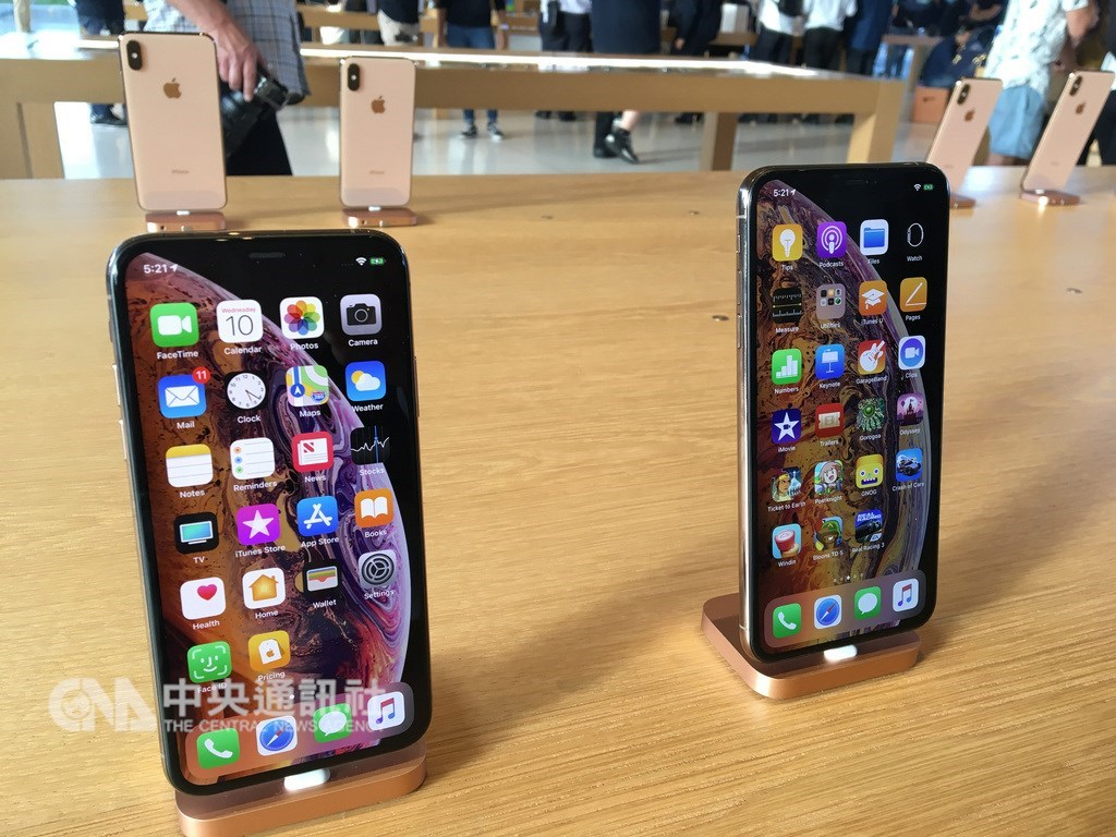 市場預期蘋果今年將推出3款iPhone新品,聚焦6大功能。(圖為蘋果iPhone手機)中央社記者鍾榮峰攝 108年2月10日