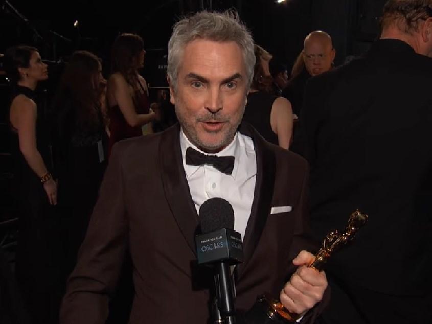 墨西哥導演艾方索柯朗以「羅馬」拿下奧斯卡最佳外語片與最佳攝影獎,並第2度獲封奧斯卡最佳導演。 (圖取自facebook.com/TheAcademy)