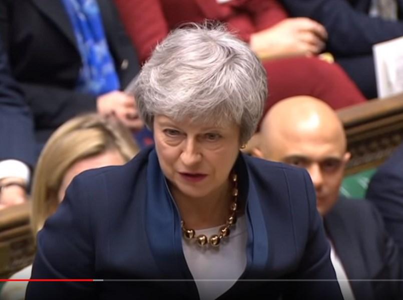英國國會下議院3日表決通過法案,將強迫首相梅伊(圖)尋求延後英國脫離歐盟期限。(圖取自UK Parliament YouTube頻道)