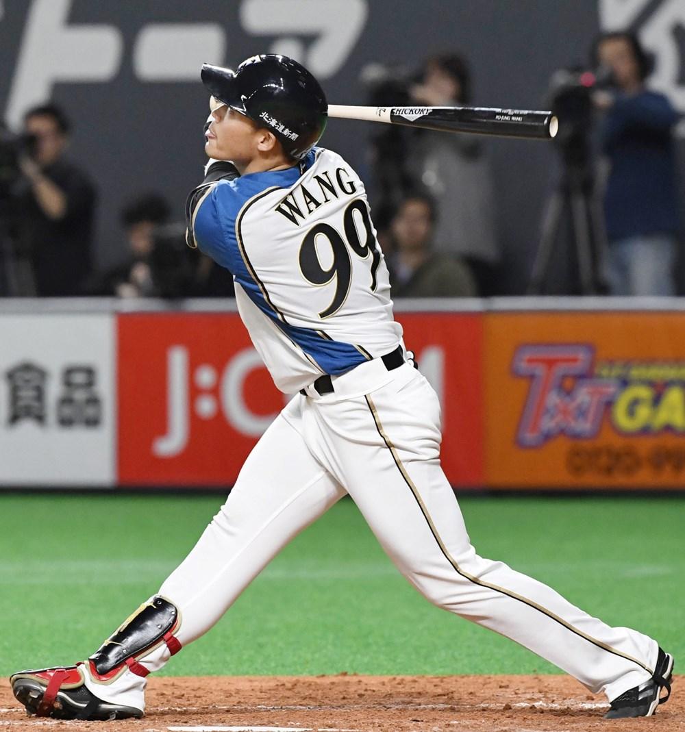 旅日職棒球員王柏融12日2打數沒有安打,但擊出帶有1分打點的高飛犧牲打。(共同社提供)