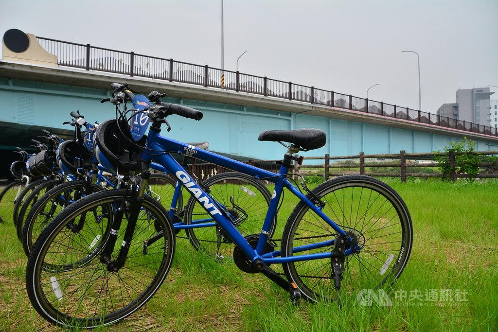 新北市柑城橋是串連樹林區柑園地區與板橋、土城區之間的重要橋梁,近期改建完工啟用,結合道路、人行道及自行車道,並串連自行車遊憩動線。中央社記者黃旭昇新北攝 108年4月19日