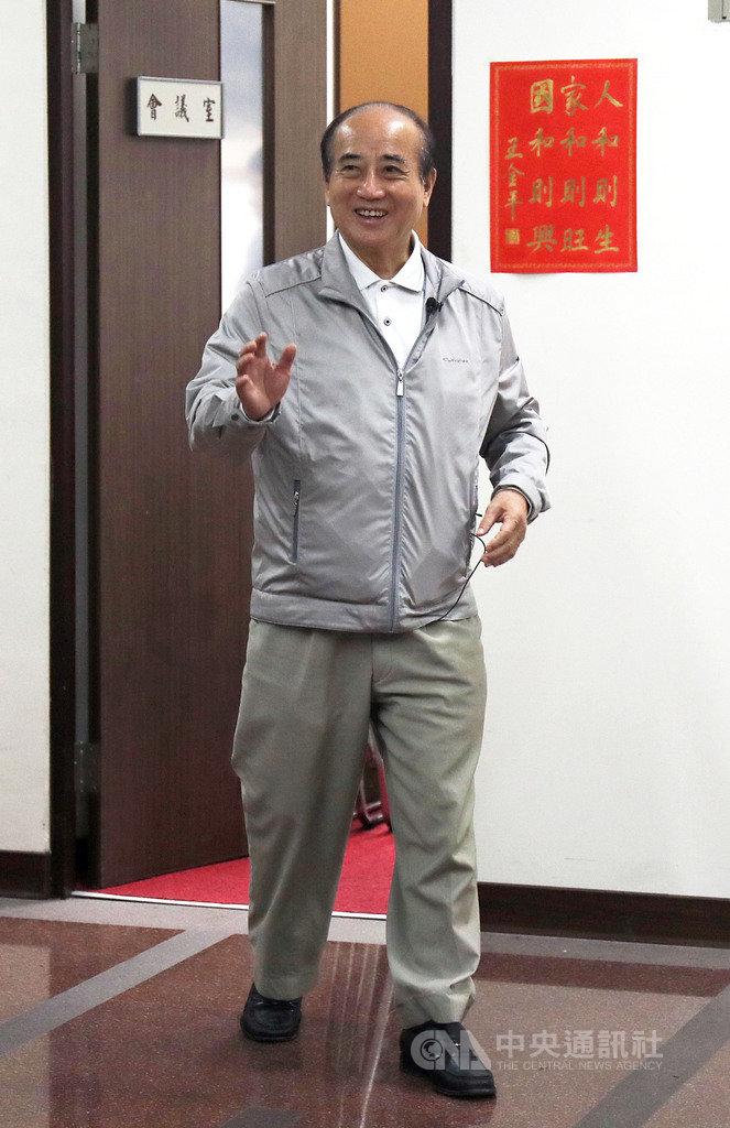 高雄市長韓國瑜23日發表2020總統大選個人的看法和心聲,前立法院長王金平(圖)上午受訪表示,不論韓國瑜宣布的結果為何,都予以尊重。中央社記者裴禛攝 108年4月23日