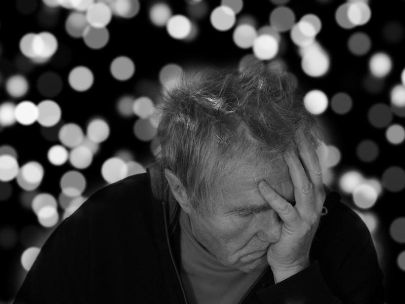 最新研究指出,一種新發現的失智症「Late」常被誤診為阿茲海默症,這項重大發現可能有助於失智症的精確診斷與療法。(示意圖/圖取自Pixabay圖庫)