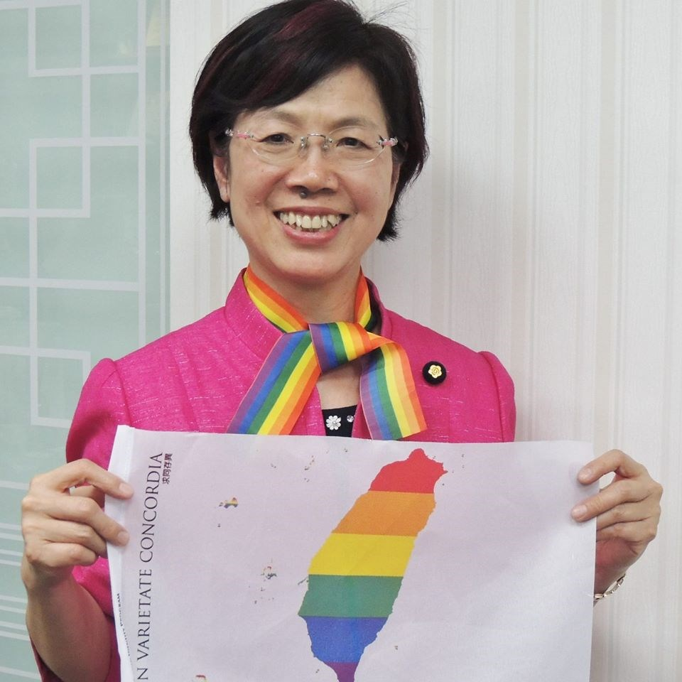 投入婦運超過30年的尤美女,2012年起擔任民主進步黨第8、9屆不分區立委,是法律、人權代表,任內力推婚姻平權法案。(圖取自facebook.com/yumeinu)
