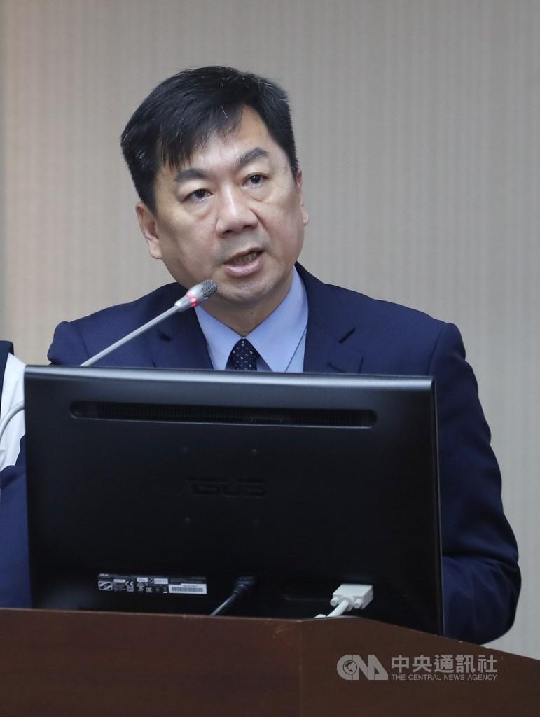 內政部次長陳宗彥20日表示,台灣民眾與外交部認定同婚合法的26個國家外籍伴侶,24日同樣可以辦理登記。中央社記者裴禛攝 108年5月20日