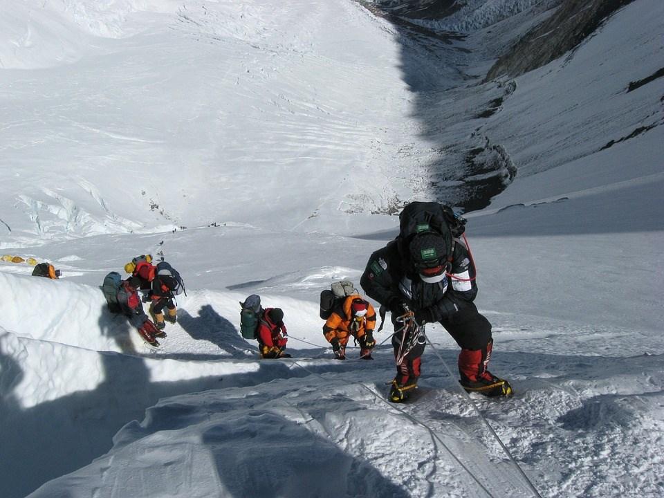 根據統計,1922年以來因攀登聖母峰而喪命的登山客累計307人。(示意圖/圖取自Pixabay圖庫)