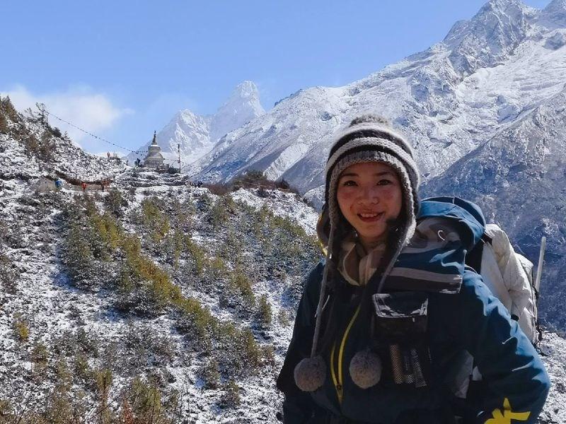 綽號「三條魚」的台灣女性登山家詹喬愉27日完攀全球之巔聖母峰,對她來說,登山不光是一種樂趣,更是一種自我挑戰。(圖取自facebook.com/3xfish)