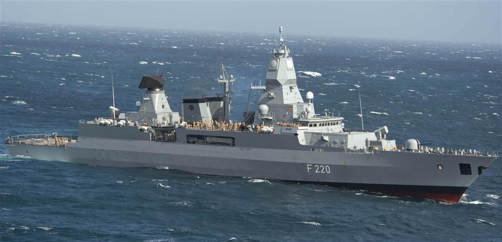 美媒5日報導,德國正考慮派遣軍艦通過台灣海峽,挑戰北京「領海」主張。圖為德國海軍護衛艦。(圖取自維基共享資源網頁,版權屬公有領域)