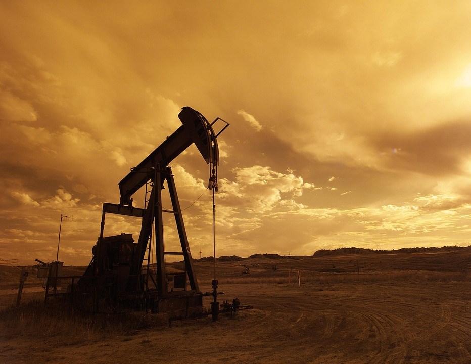 美國能源情報署最新數據顯示,截至5月31日當週,美國原油庫存激增680萬桶,超乎市場預期。(示意圖/圖取自Pixabay圖庫)