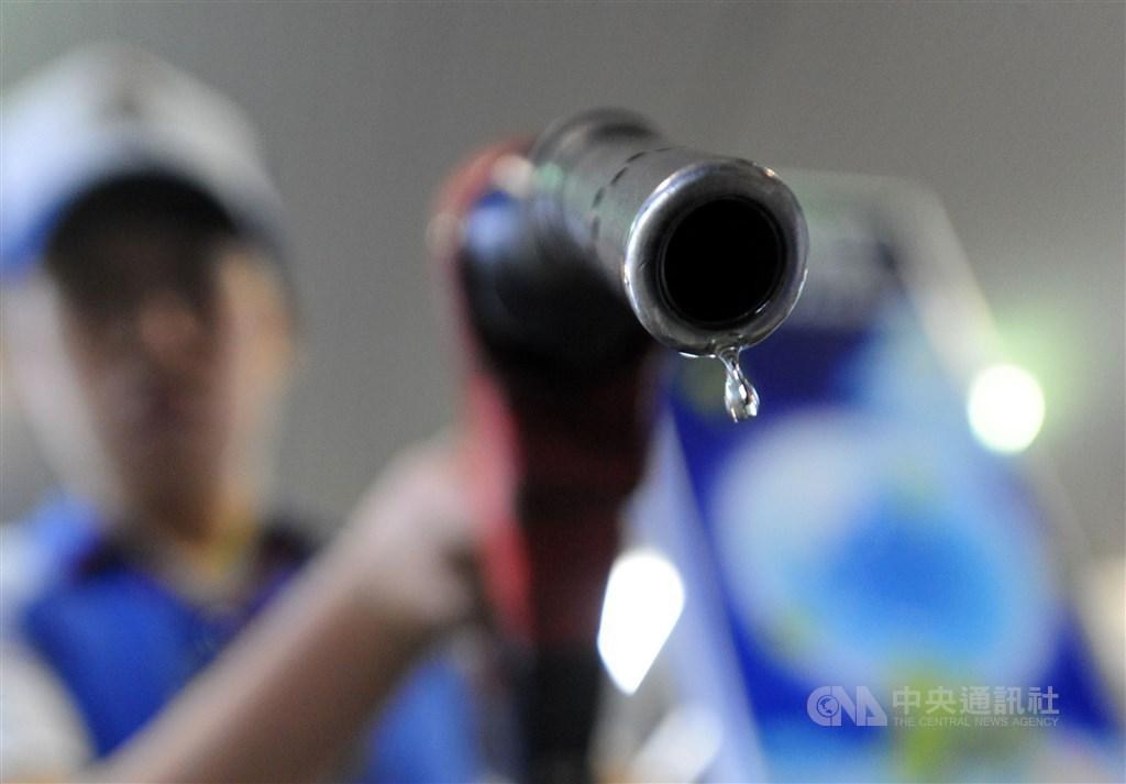 載有石油腦的中油油船在伊朗外海遭攻擊,中油表示,台灣石油腦庫存目前仍有45萬公秉,到7月底無虞。(中央社檔案照片)