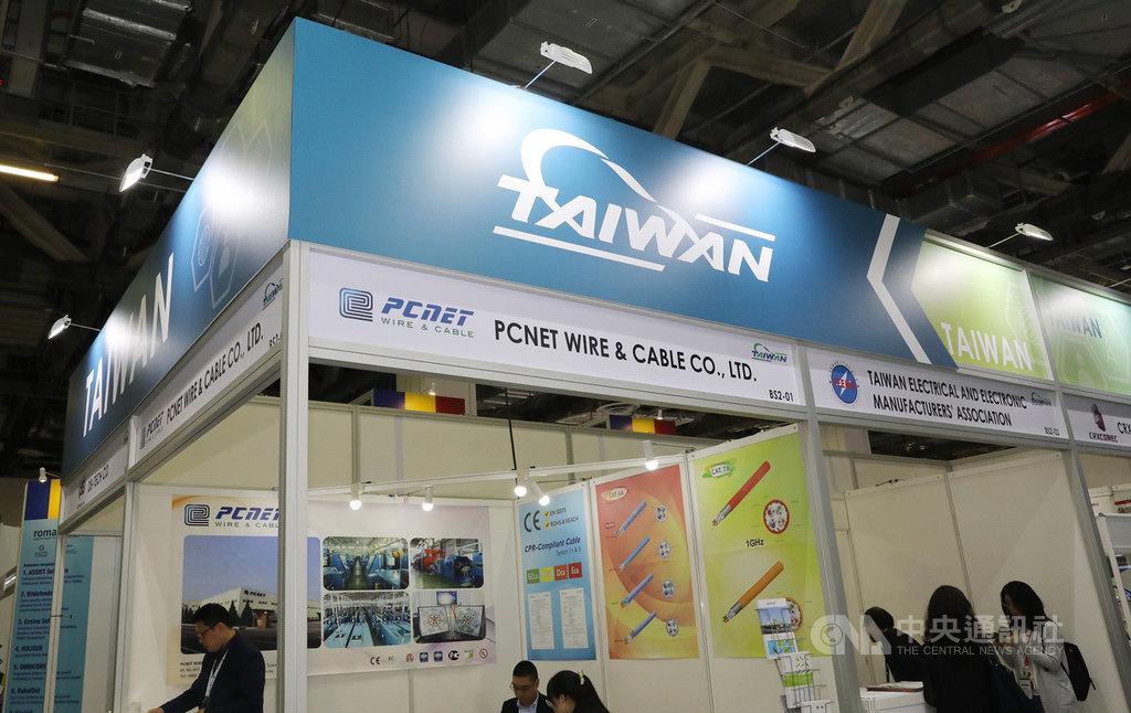 亞洲電信及資訊展(CommunicAsia)從18日起在新加坡舉行3天展覽,台灣區電機電子工業同業公會率8家台灣業者參展,盼切入東南亞市場,呼應新南向政策。中央社記者黃自強新加坡攝 108年6月20日