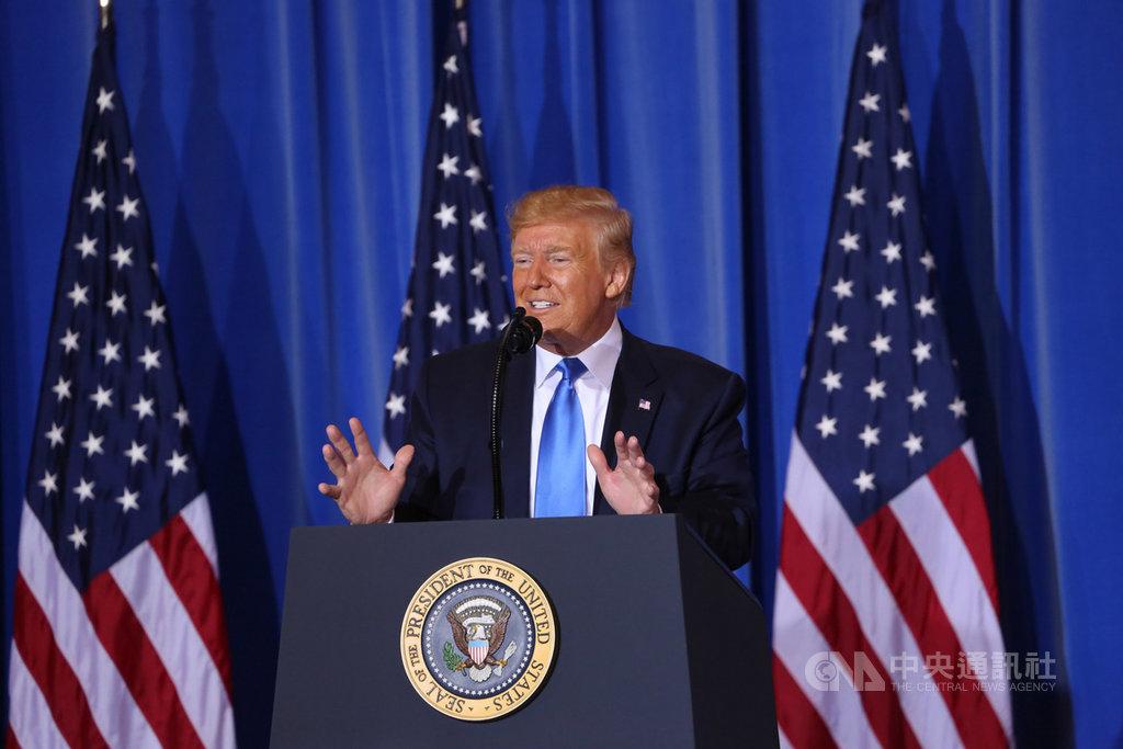 20國集團(G20)峰會29日閉幕,美國總統川普在大阪市召開會後記者會,媒體問到是否考慮退出美日安保條約問題時,他說,美日安保條約對美國不公布,必須修訂,但完全沒打算要退出。中央社記者楊明珠大阪攝 108年6月29日
