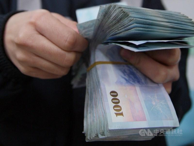 貿易商潤寅實業連同4家關係企業爆出銀行詐貸案,造成13家銀行受害。(示意圖/中央社檔案照片)