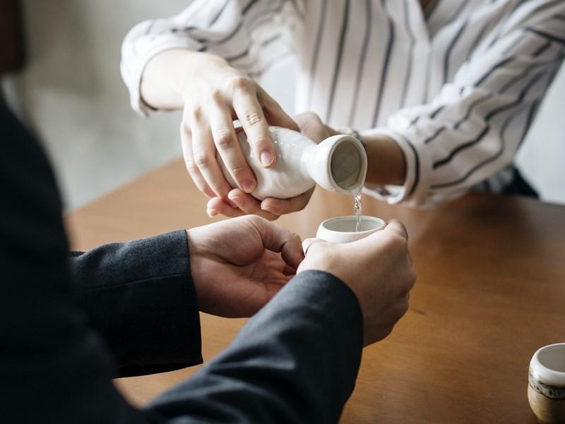 立法院院會3日三讀通過調降15項農漁產品及加工食品關稅,項目包括日本山藥、溫州蜜柑、清酒等。(示意圖/圖取自Pixabay圖庫)