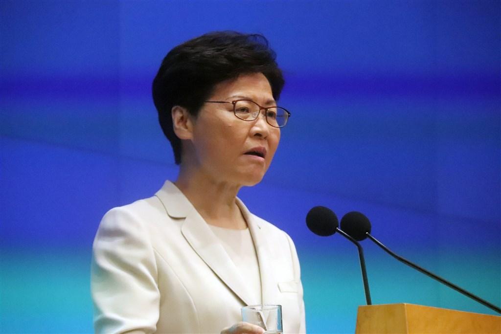 香港行政長官林鄭月娥欲約見大學學生會代表,但學生會拒絕並提出兩項前提,包括不追究反修例者與會面公開。(中央社檔案照片)