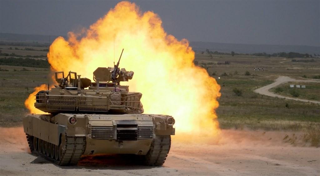 總統蔡英文出訪友邦過境美國前夕,美方批准售台M1A2T戰車等逾22億美元軍備。(圖取自美國陸軍網頁www.army.mil)