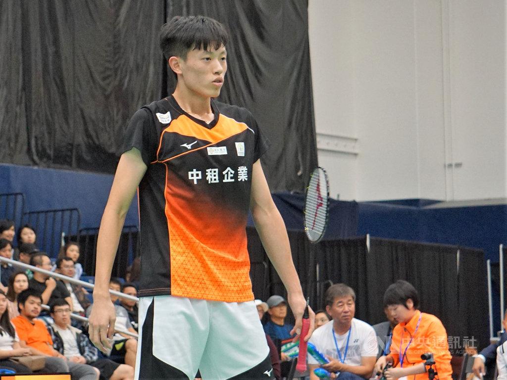美國羽球公開賽,台灣19歲好手林俊易從資格賽一路殺進決賽,美西時間14日以黑馬之姿拿下冠軍。中央社記者林宏翰洛杉磯攝 108年7月15日