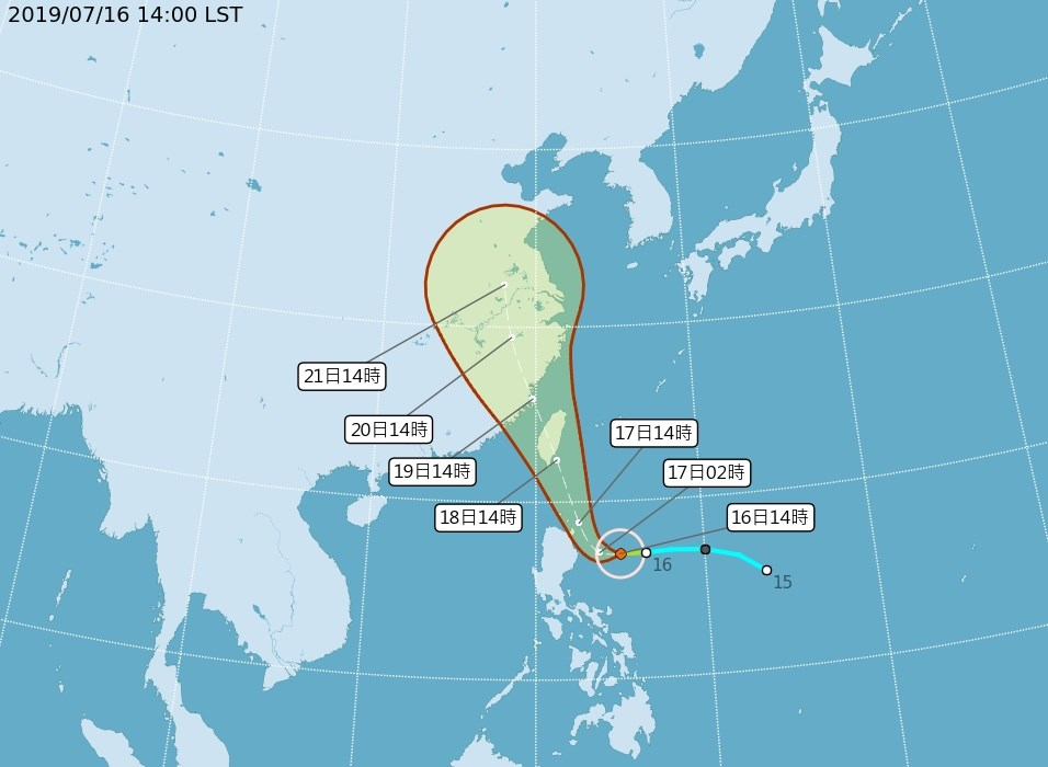 輕度颱風丹娜絲16日下午在菲律賓東方海面生成,預計將朝西北西移動,逐漸接近台灣。(圖取自氣象局網頁www.cwb.gov.tw)