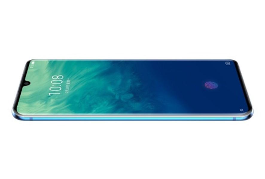 中興通訊公司23日宣布開始預售AXON 10 Pro 5G版手機。(圖取自中興通訊網頁ztedevices.com)
