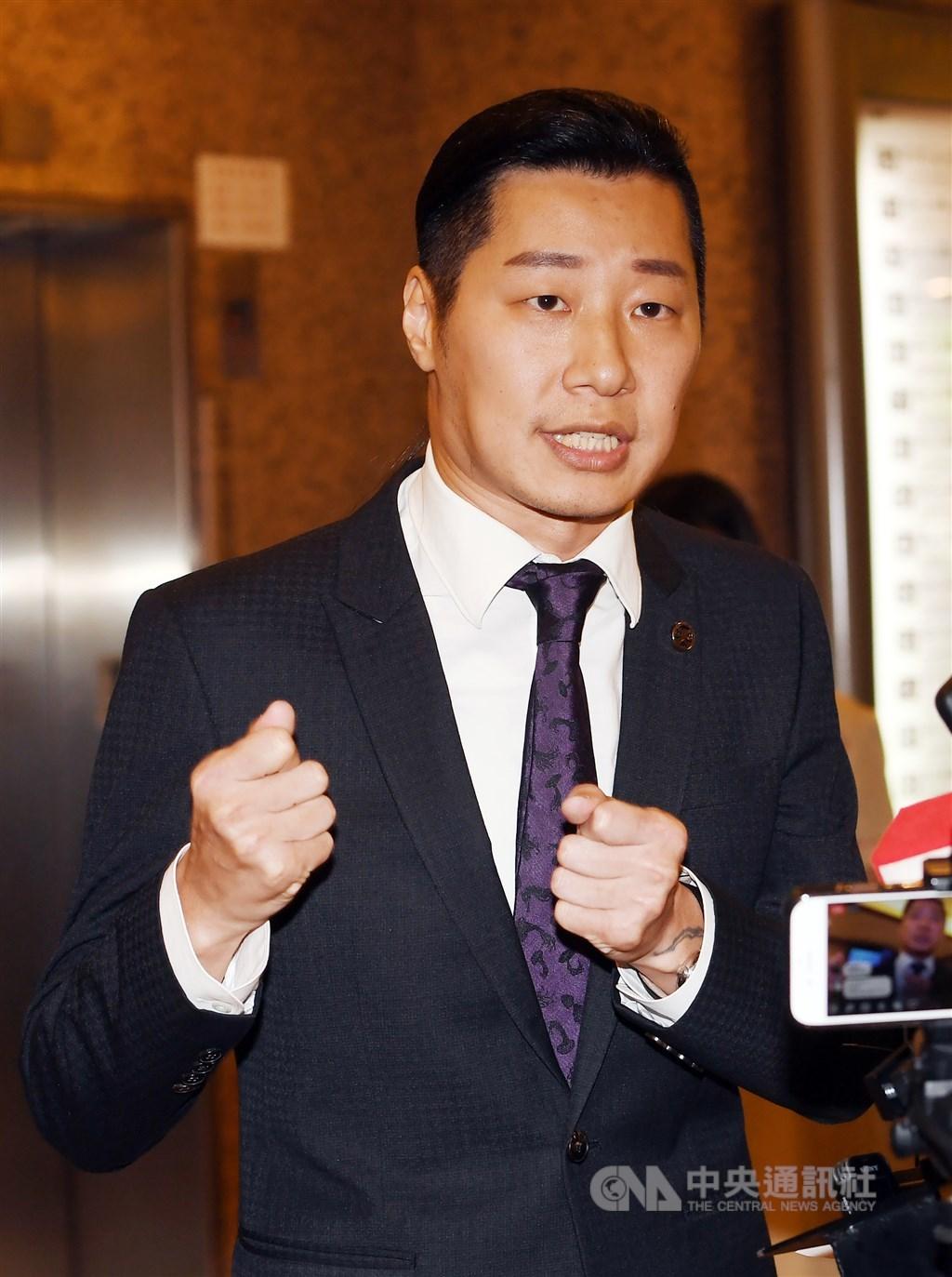 時代力量立委林昶佐(圖)1日下午舉行記者會宣布,他即刻退出時代力量,以無黨籍身分投入台北市第五選區立委選戰。中央社記者施宗暉攝 108年8月1日