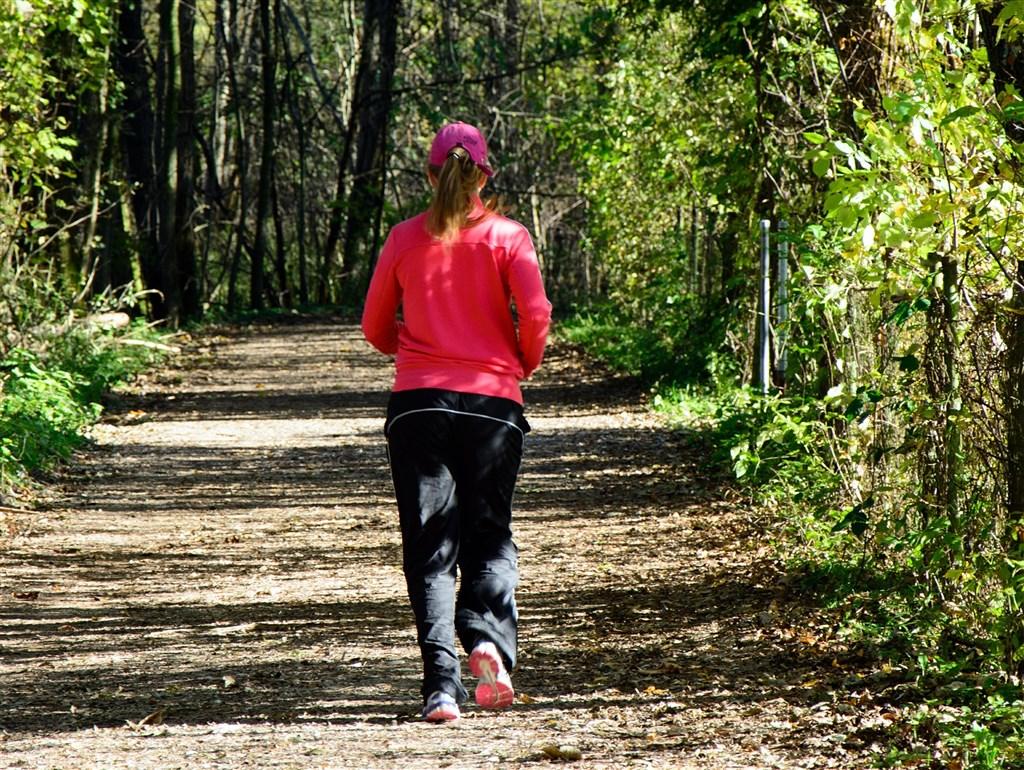 台大研究1.8萬名有肥胖基因者,發現6種運動可有效對抗肥胖基因,以慢跑最有效。(示意圖/圖取自Pixabay圖庫)