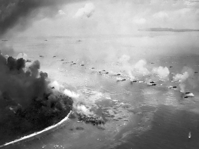 太平洋島嶼曾是二次世界大戰期間的關鍵戰場,美軍與日軍當時在帛琉進行包括佩里琉戰役(圖)在內多次小規模戰鬥。(圖取自維基共享資源,版權屬公有領域)