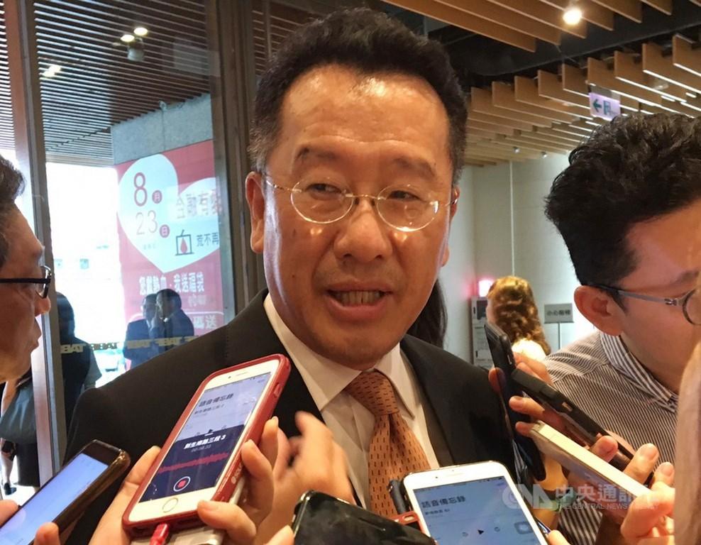 香港「反送中」持續升溫,傳有民眾號召8月16日發動銀行擠兌。金管會主委顧立雄表示,若出現最壞情況,資金可能會撤出。(中央社檔案照片)