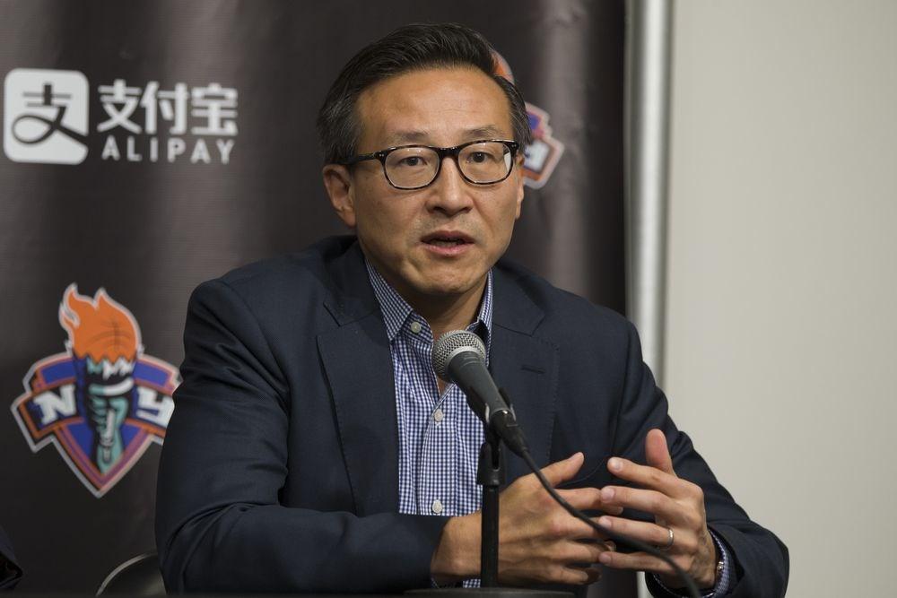 美媒報導,阿里巴巴集團執行副主席蔡崇信以33.5億美元入主美國NBA布魯克林籃網,成為NBA歷來首位台灣老闆。(檔案照片/中新社提供)