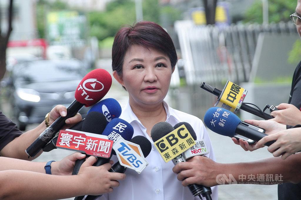 對於是否擔任國民黨總統提名人韓國瑜台中市競選總部主委一事,台中市長盧秀燕(圖)19日受訪表示,一定會助選,是否要掛職務或掛什麼職務,還要再討論與考慮。中央社記者郝雪卿攝 108年8月19日