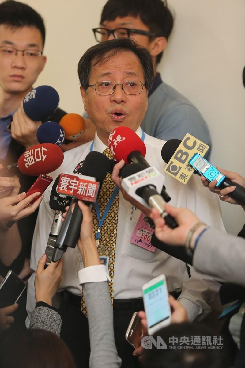 軍公教年金改革釋憲結果23日出爐,全國公務人員協會理事長李來希認為這是維護執政黨、避重就輕的解釋。(中央社檔案照片)