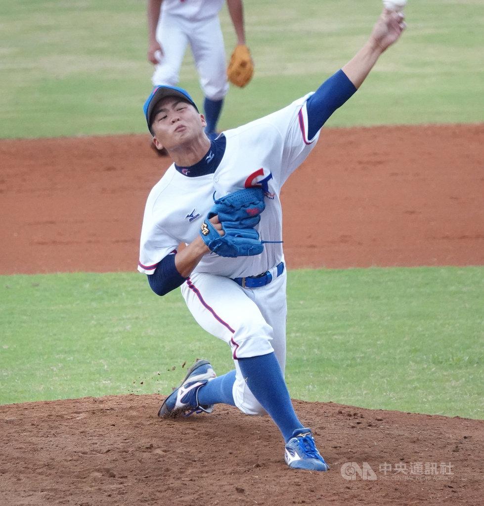 U18世界盃青棒賽王彥程(圖)去年亞洲青棒錦標賽,對日本比賽技壓甲子園名投,開始受到外界關注,現在多了旅日球員新身分,業餘生涯最後一個比賽希望能有好表現。中央社記者謝靜雯攝 108年8月25日